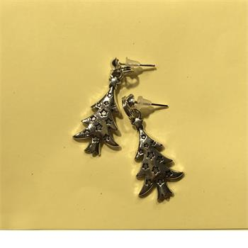 Christmas tree earrings lovely christmas present