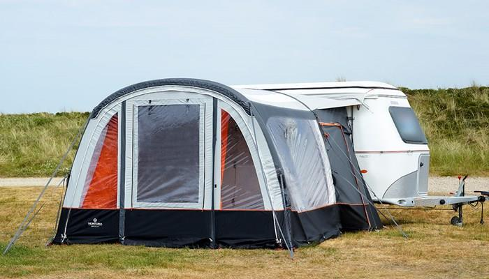 The Isabella Ventura Simplex Air Awning has a very sporty look.