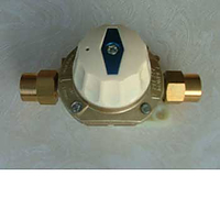 Automatic cut off valve