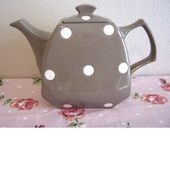 Brown Polka Dot Retro Teapot