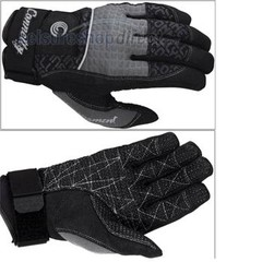 Connelly Tournament glove L