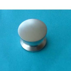 Push button, nickel coloured