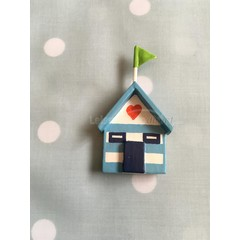 Shoeless Joe beach hut magnet (3)