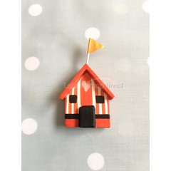 Shoeless Joe beach hut magnet (5)