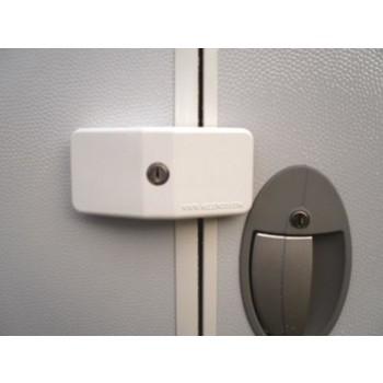 Milenco Door Lock for Touring Caravans - Single