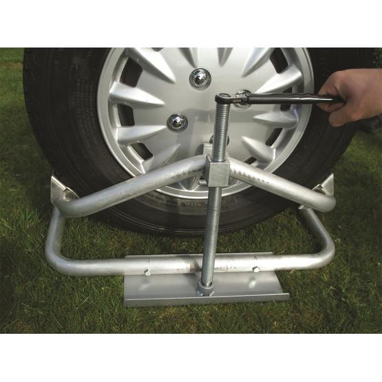 Milenco Aluminium Caravan and Motorhome Leveller image 1
