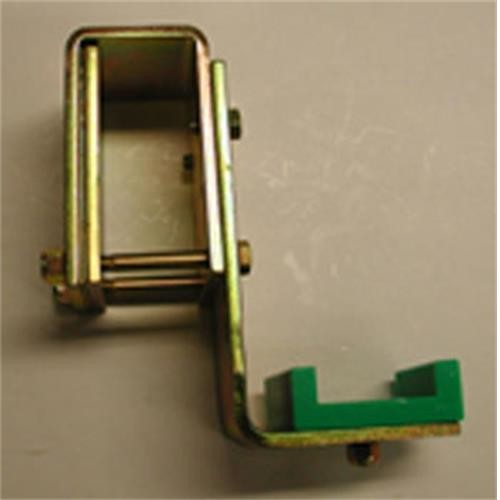 Bulldog Clamp on Angle Bracket image 1