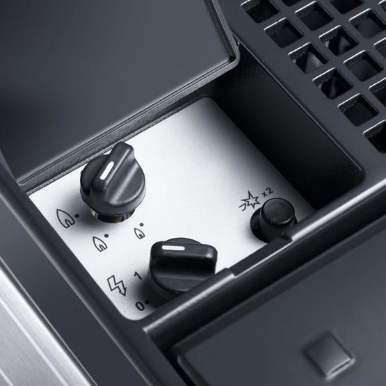 Dometic ACX35 Combicool  EGP 3 -way portable fridge image 3